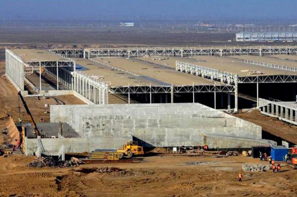 Производство оконного стекла, Каспийский завод листового стекла