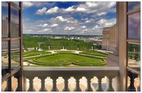 Утро из распахнутого окна Версаля