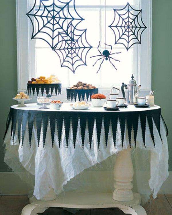 Декор окон в стиле Хэллоуин
