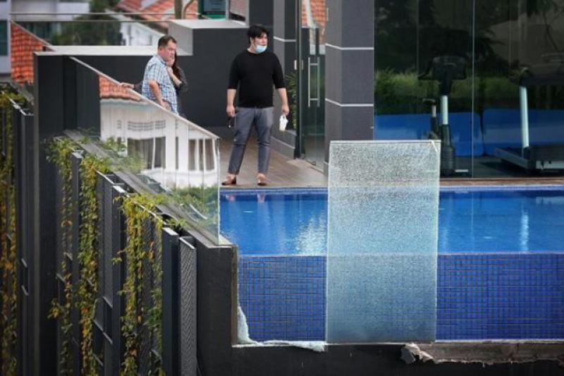 Стеклянные ограждения, остекление бассейнов