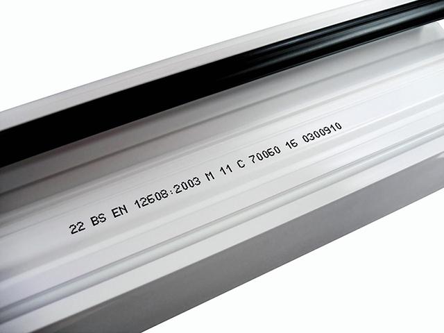 Markem-Imaje, маркировка оконных ПВХ профилей, промышленный принтер inkjet 9028