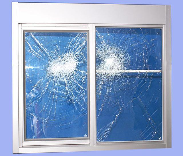 Безопасное ламинированное стекло или триплекс