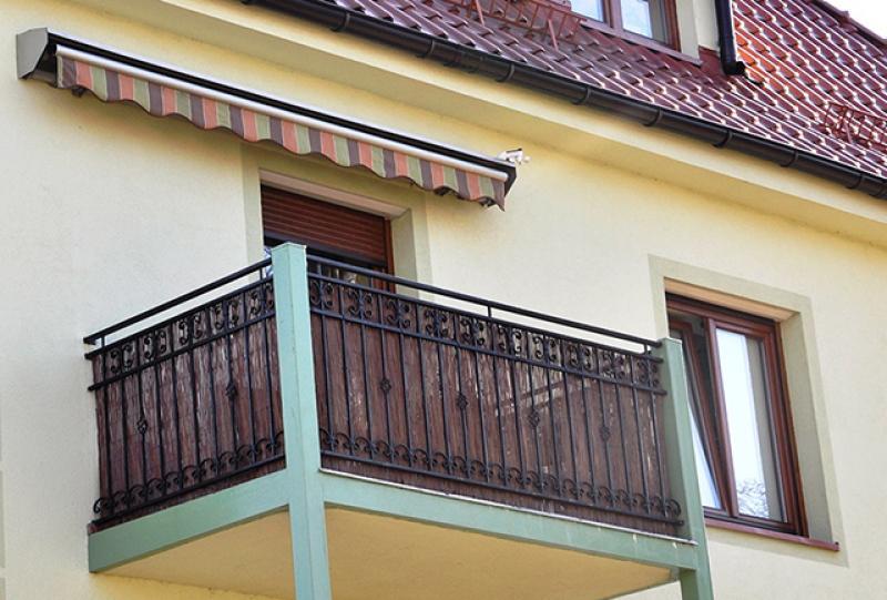 защитита балкона от ветра, солнца и дождя, остекление балкона, маркизы