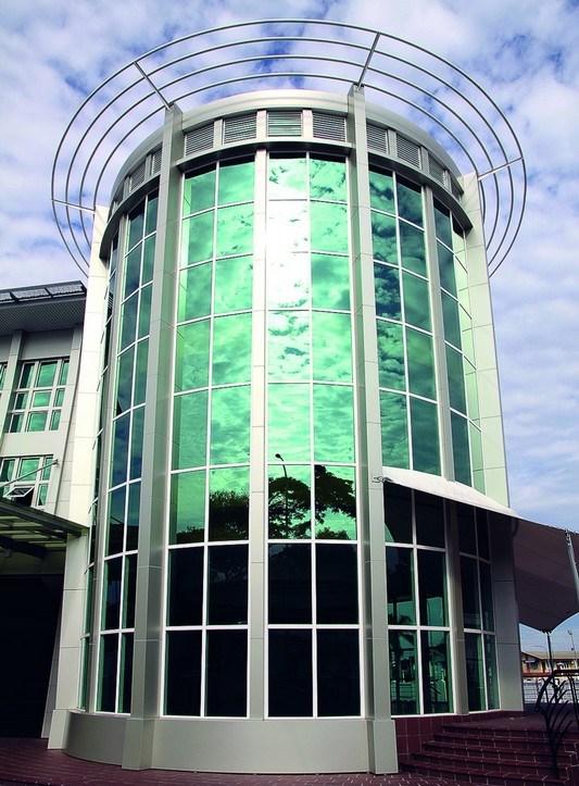 Солнцезащитное стекло Pilkington RefliteTM, NSG Group