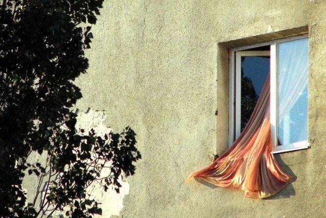 Как проветривать квартиру летом
