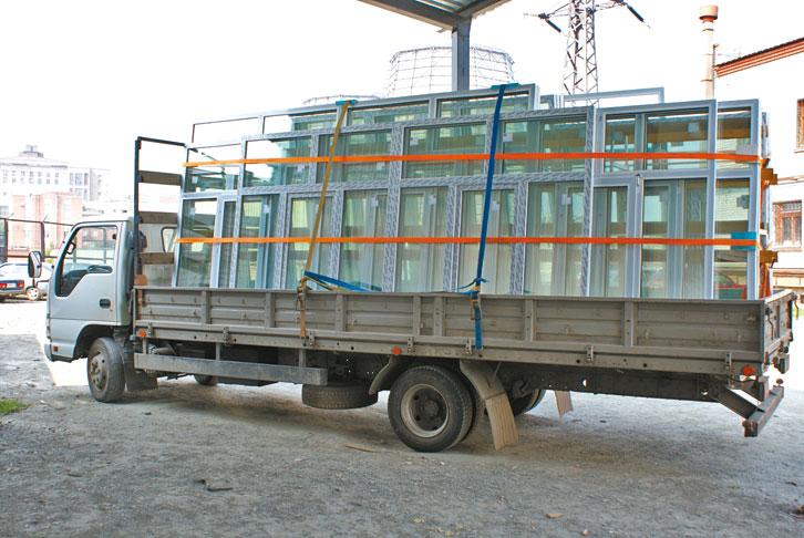транспортировка комплектующих для окон