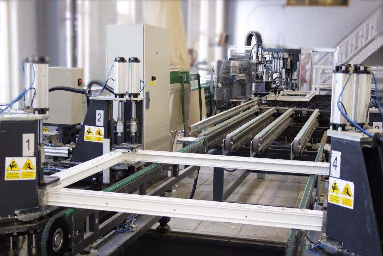Производители окон и комплектующих, оборудование, налог на имущество